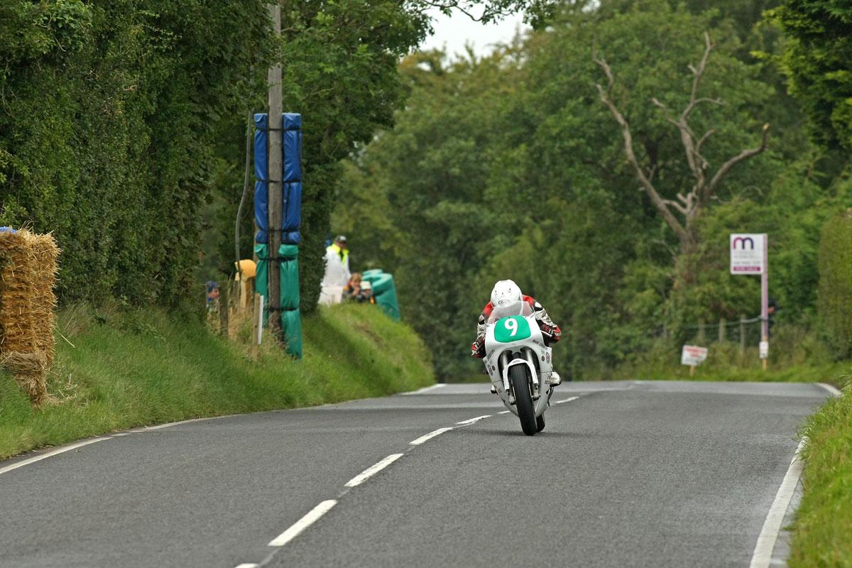 [Road Racing] 2014 - Page 12 James-Cowton-Sat