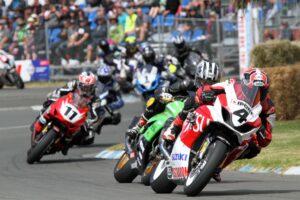 Sloan Frost leads the charge on his Fujitsu Suzuki Superbike. 1mTStevens...