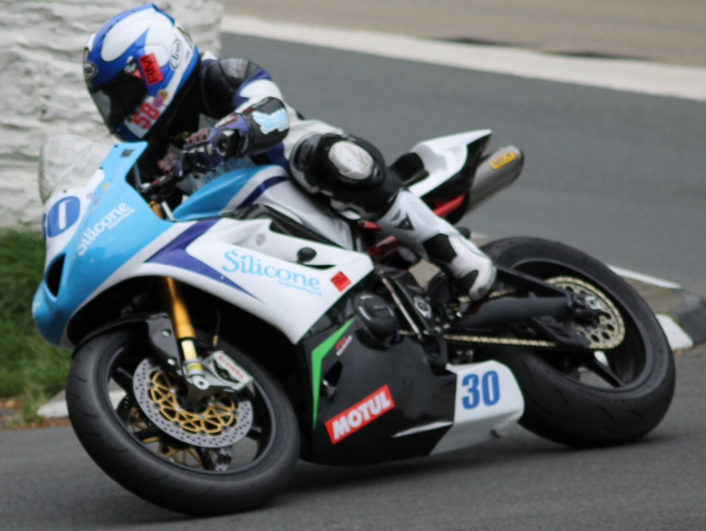 Russ Mountford Excited About 2015 Road Racing Season With Silicone Engineering Racing