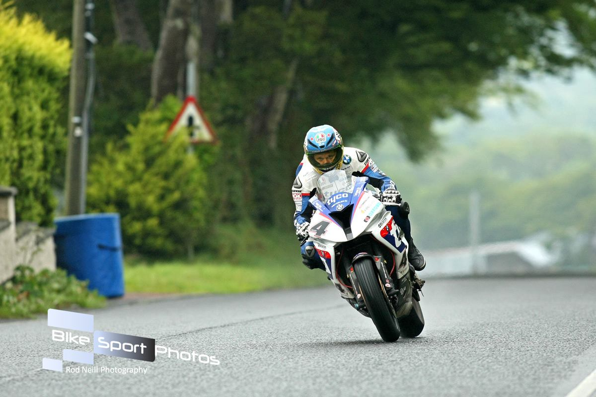 Ulster Grand Prix 2015 – Close Battles In Qualifying