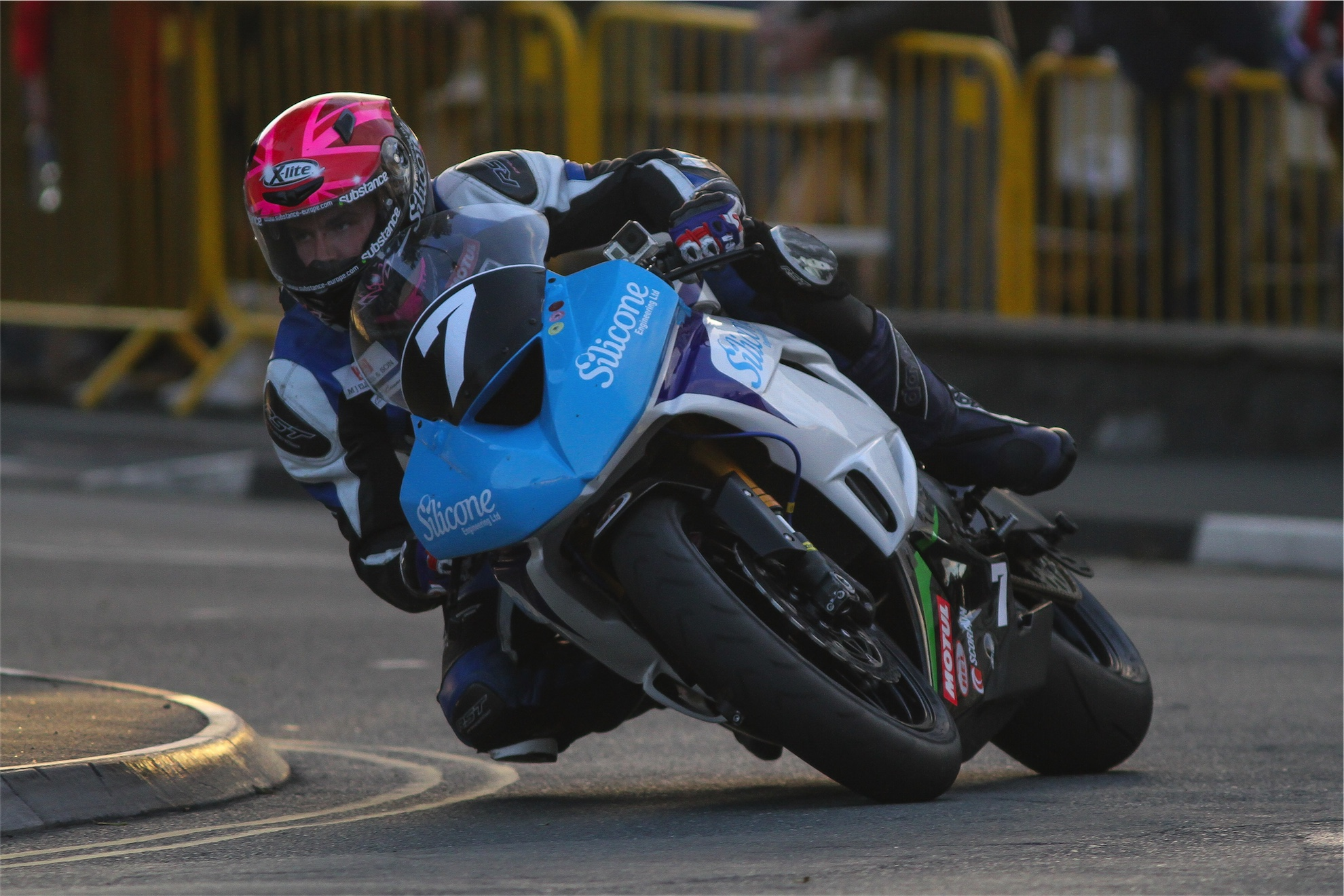 Manx Grand Prix 2015 – Saturday Practice Report