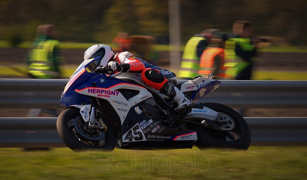 IRRC Frohburg – Michael Rutter Wins Opening Superbike Race As Vincent Lonbois Clinches Title