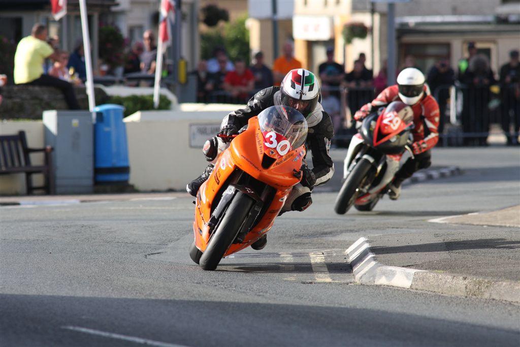 Manx Grand Prix 2016 – Richard Vuillermet Accomplishes Major Goal