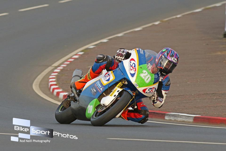 Dan Cooper – Dark Horse For Lightweight TT Success