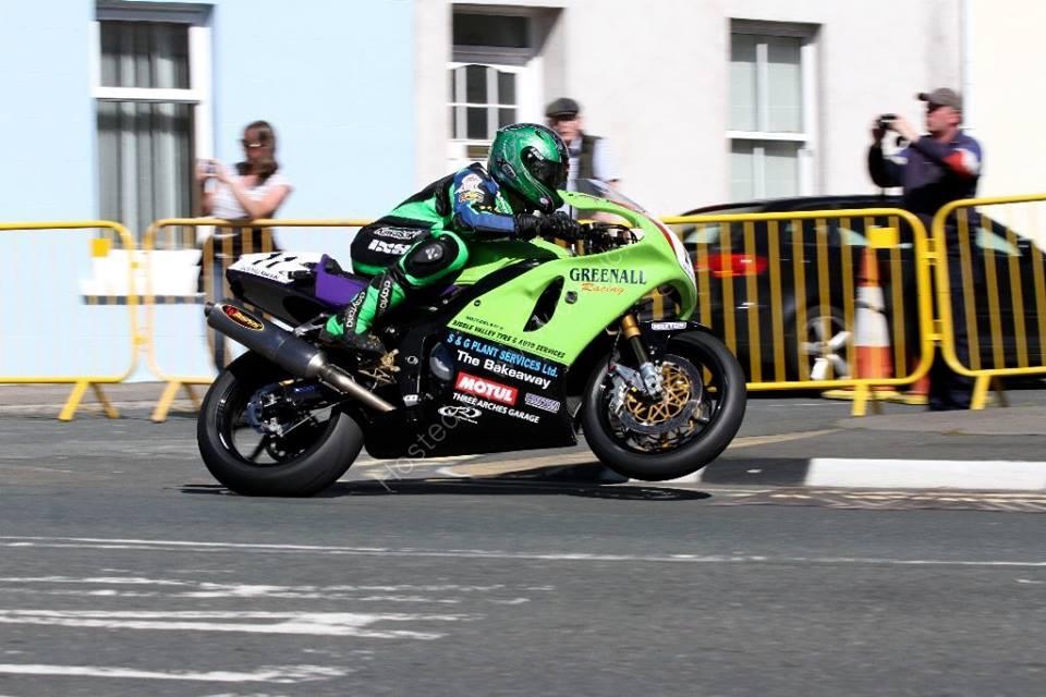 Horst Saiger Retains Egli Vincent/Greenall Kawasaki Classic TT Mounts