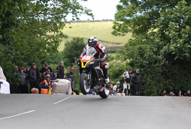 TT 2017: Solid Superstock TT For Adrian Harrison