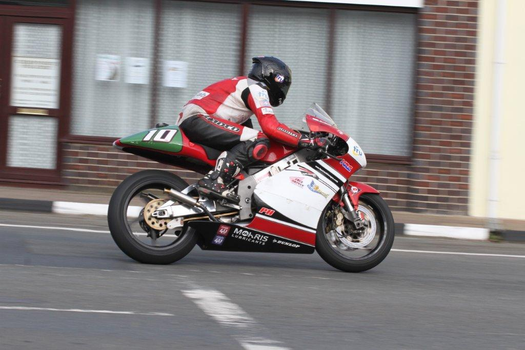 Phil Harvey Confirms Lightweight Classic Entry