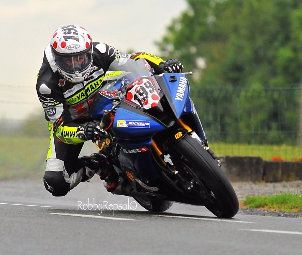 IRRC Chimay: Title Challengers Share Supersport Spoils