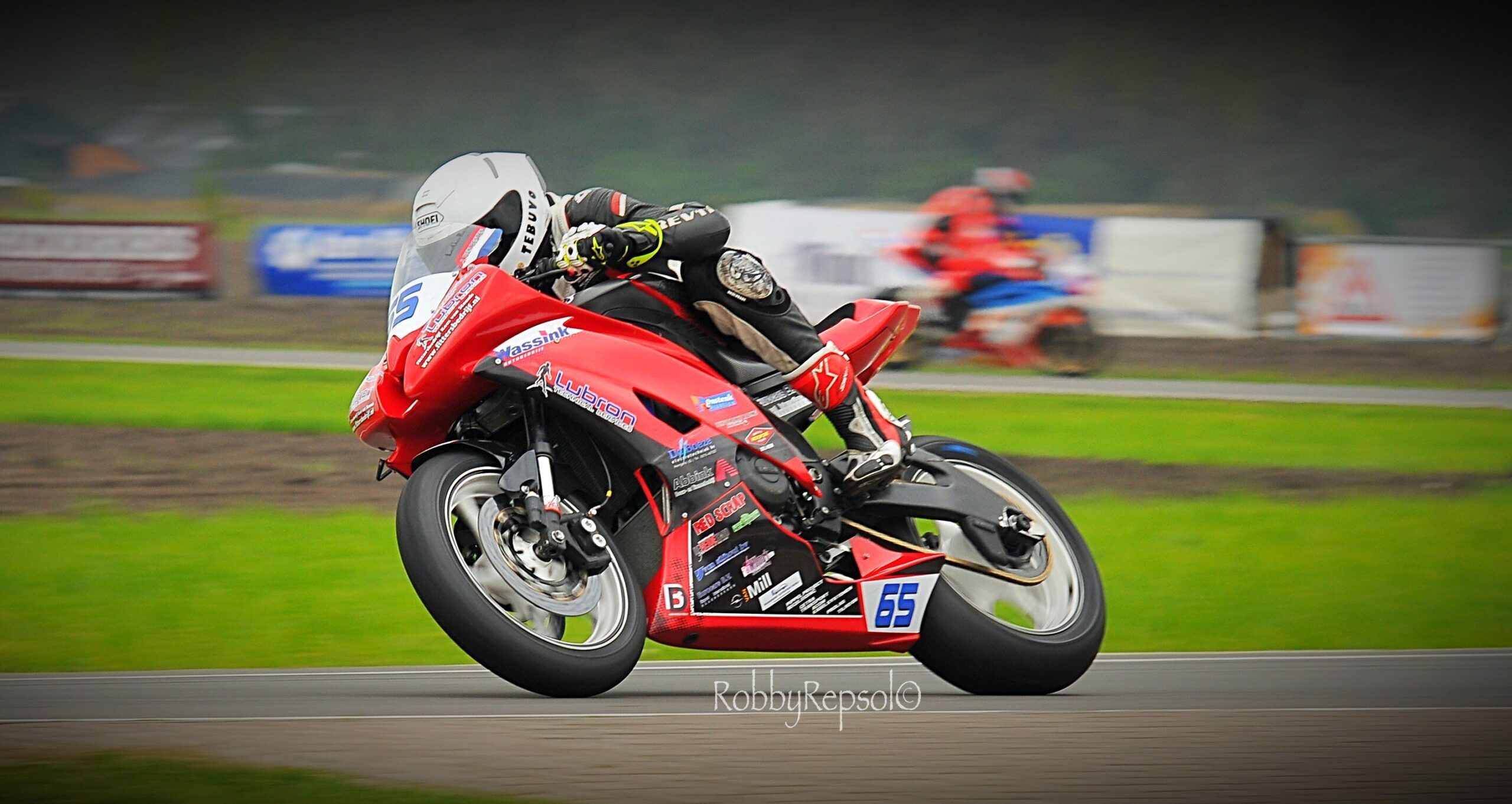 IRRC Supersport Champion Den Besten Announces Superbike Step Up With Performance Racing Achterhoek