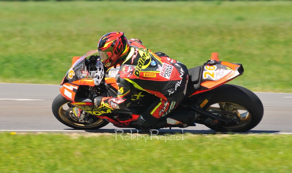 IRRC Terlicko – Superbike : Grams Takes Hard Fought Pole Position