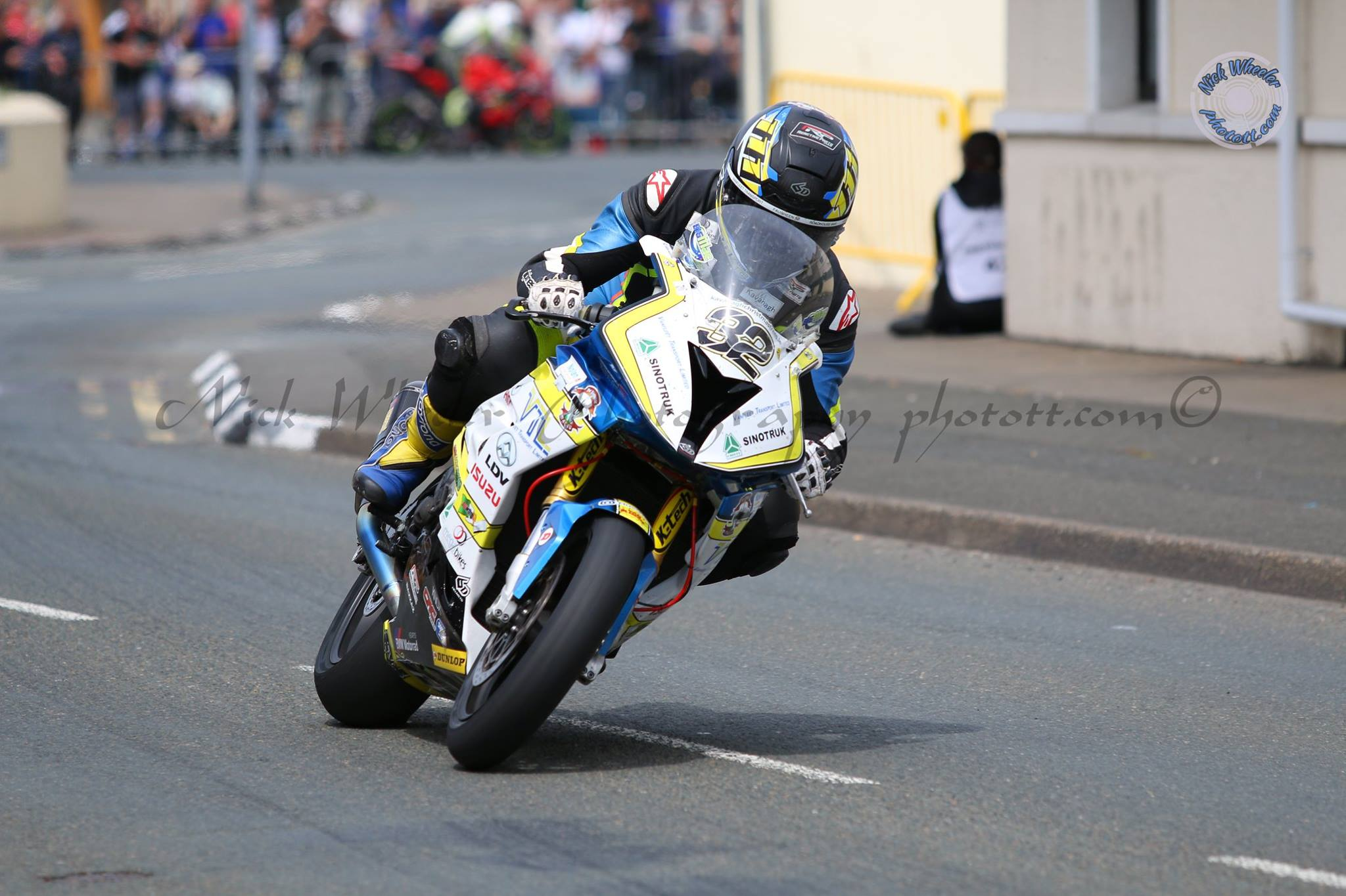 McCormack Teams Up With A&C Suzuki For First Classic TT Tilt