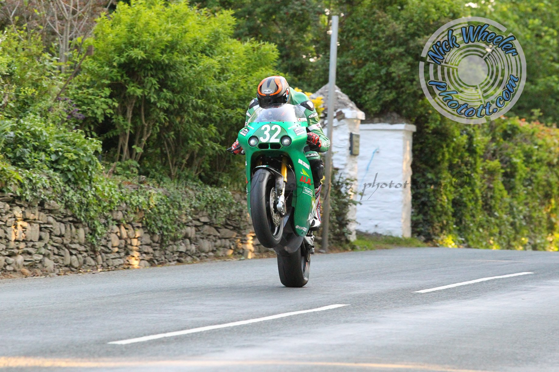 York's Thompson To Make Classic TT Bow With Oxford Products Ducati Team