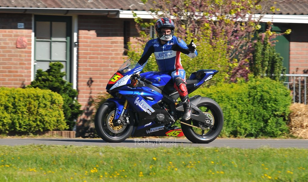 IRRC Chimay: Championship Leader Lagrive Wins Tight Supersport Qualifying Battle