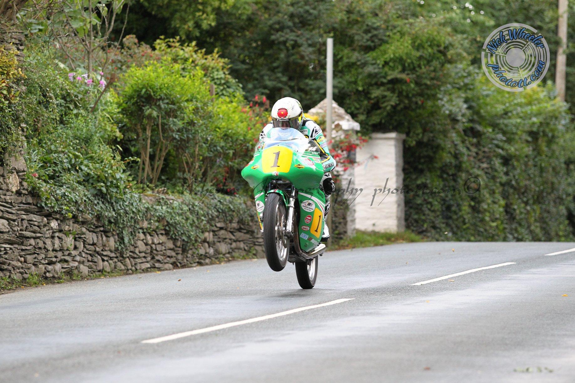 Classic TT: Team Winfield Dominate Again As McGuinness Regains Bennetts Senior Crown