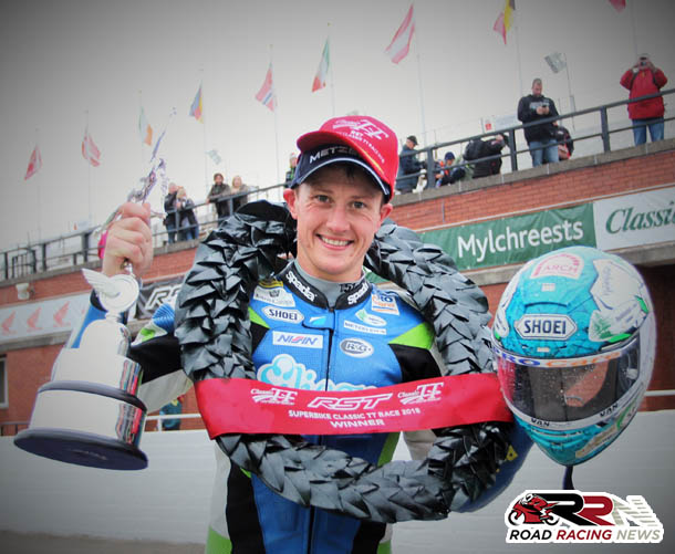 Classic TT: Rampant Harrison Retains Yesteryear Superbike Title