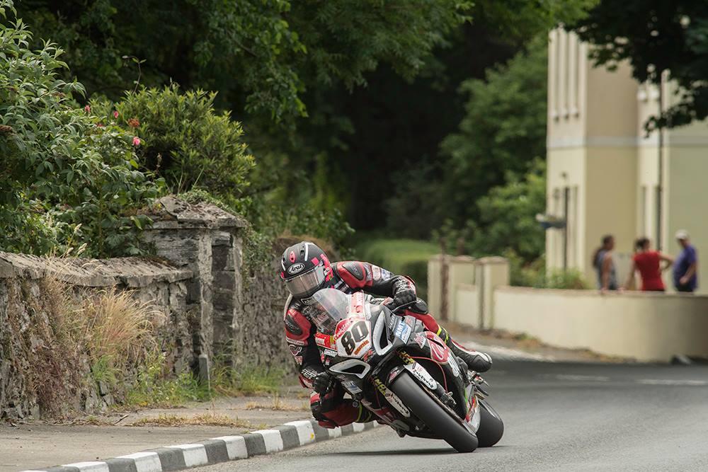 Macau GP Beckons For Frohburg Superbike Victor Todd, Improving International Roads Competitor Crowe
