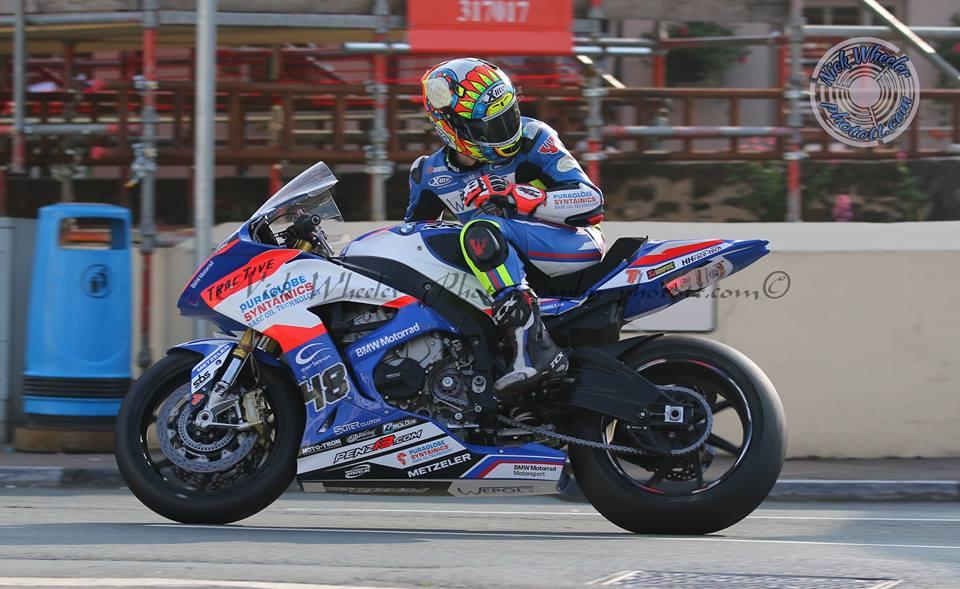 IRRC Superbike Champion Webb To Pilot YZF R1M Yamaha Machinery At TT 2019