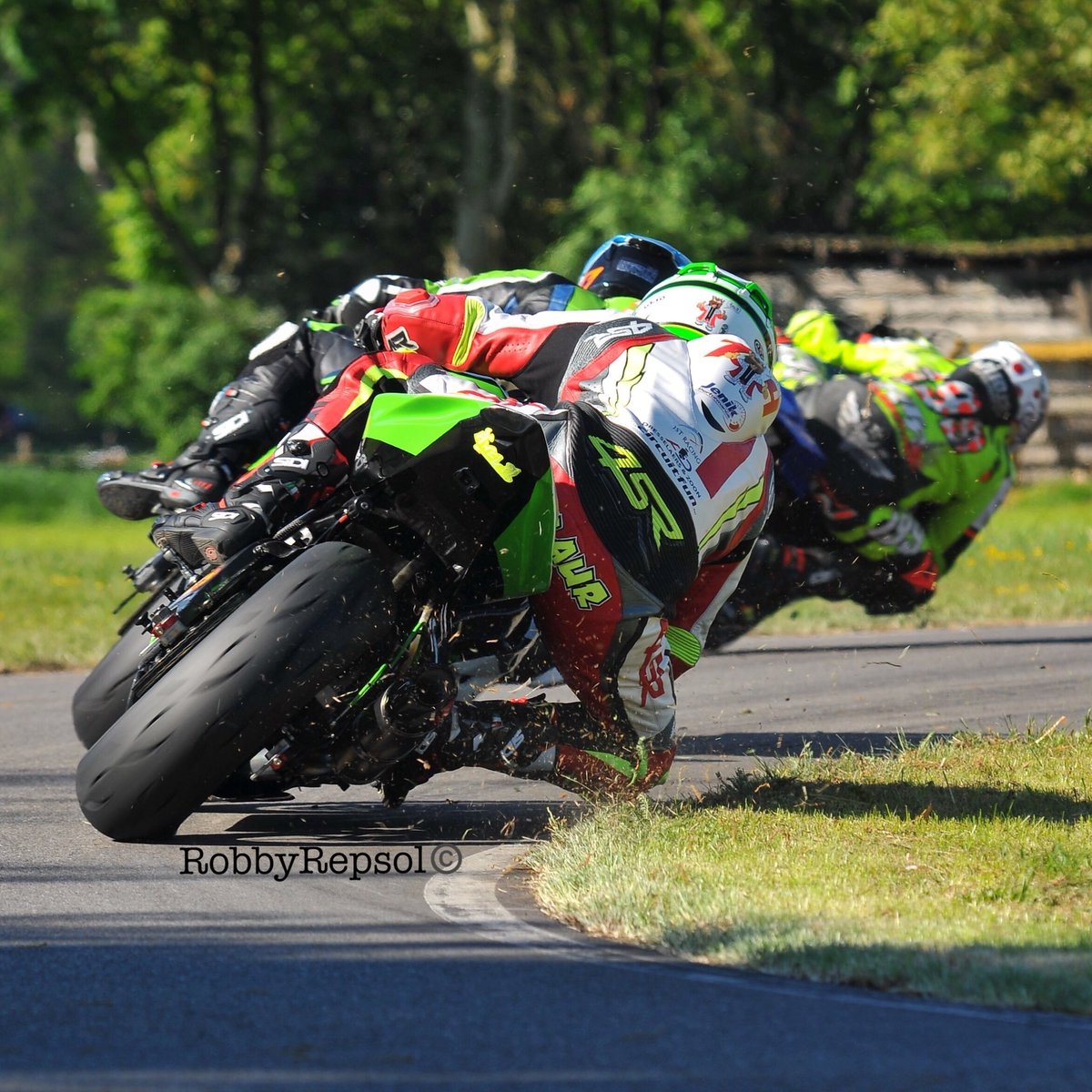 IRRC Supersport Star Hoffmann Leads NK Motors Ulster GP Expedition