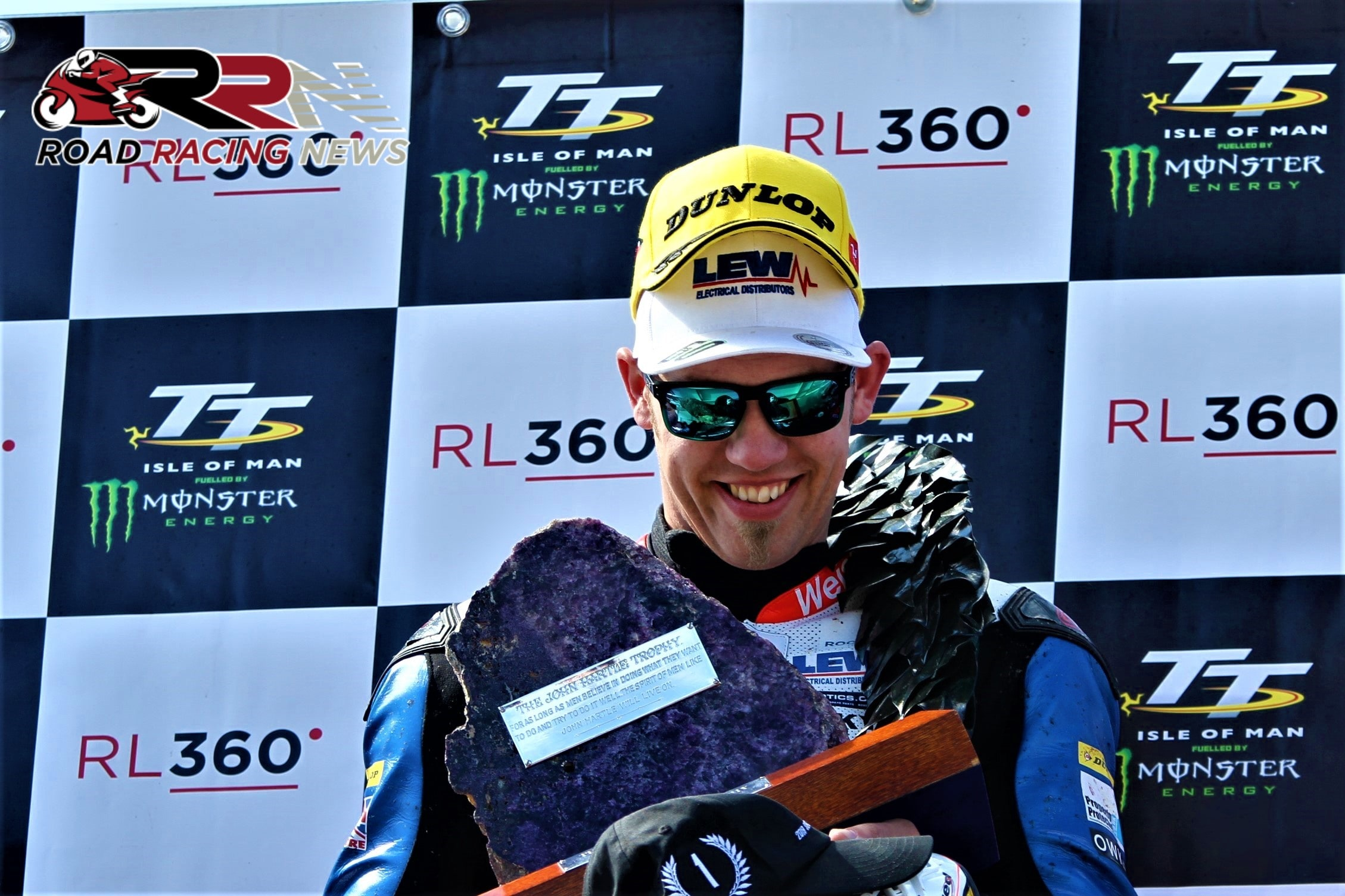 TT 2019: Sizzling Hickman Retains Superstock Crown, Johnson Pips Dunlop For First TT Podium