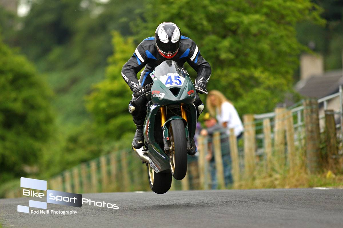 Armoy Road Races: Qualifying/Race Schedule