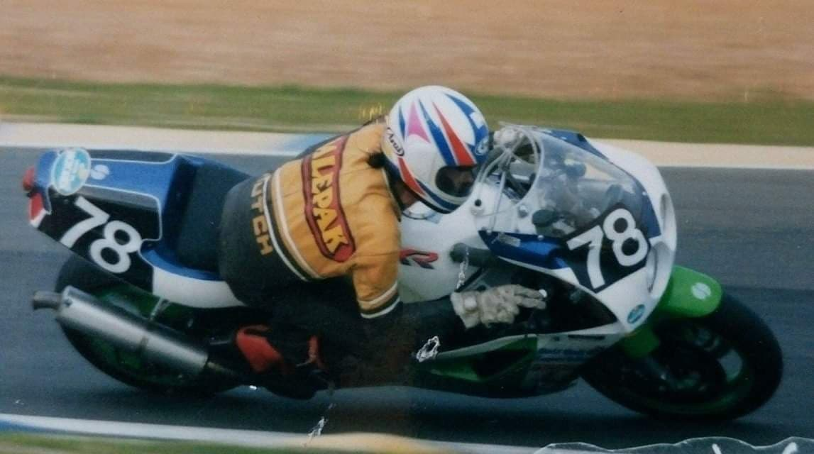Oliver's Mount Top 8: Ray Hutchison