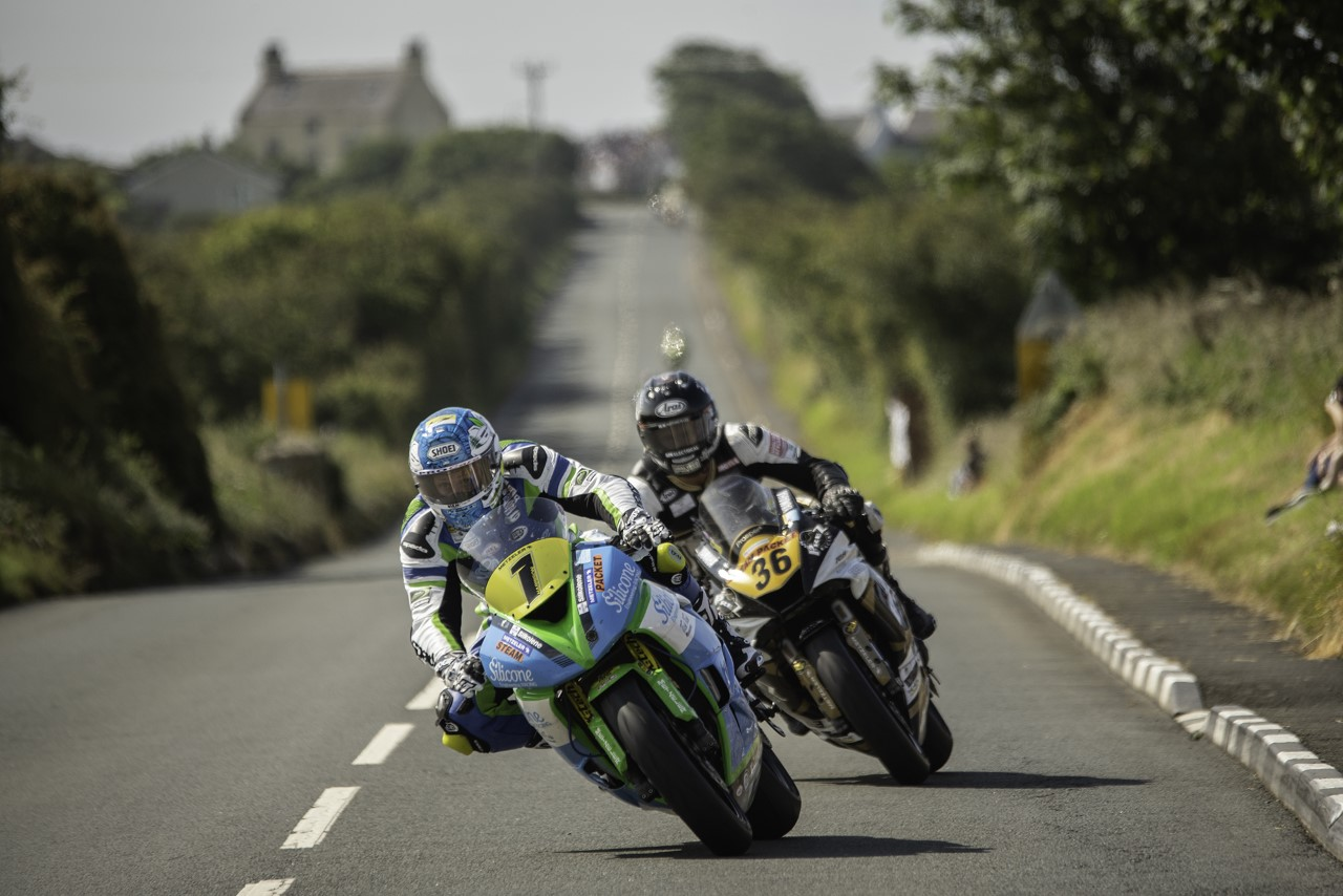 Southern 100: Harrison Seals Supersport Double