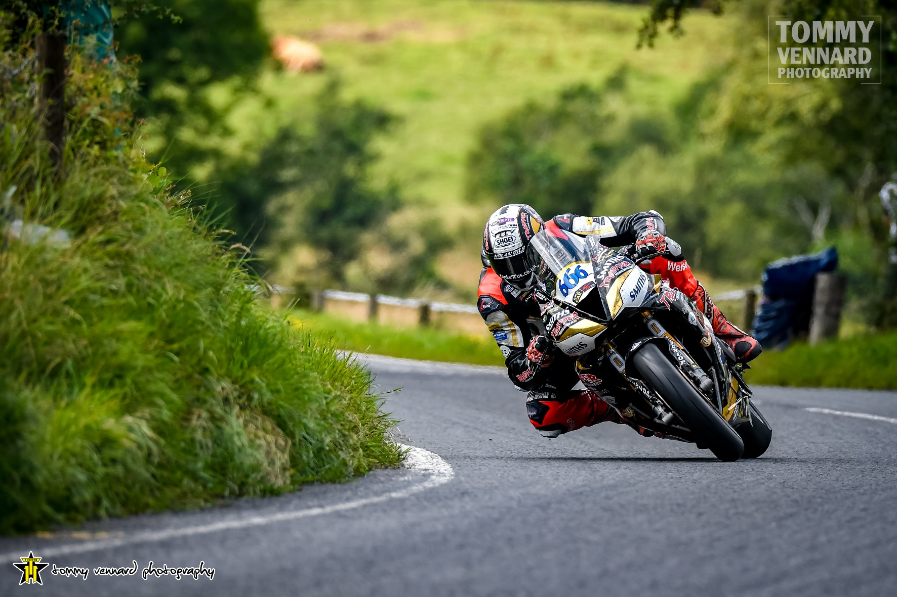 FonaCAB Ulster Grand Prix: Middleweight Class Treble For Hickman After Pulsating Skegness Raceway Supersport Encounter