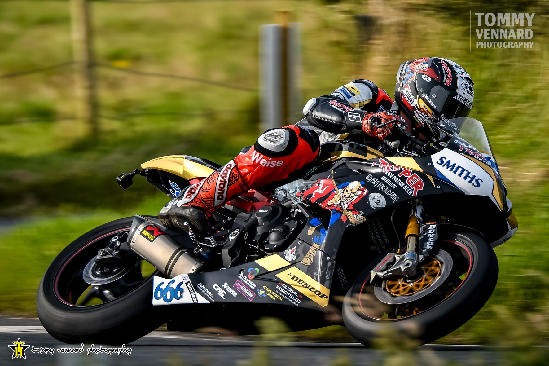 FonaCAB Ulster Grand Prix: Dundrod Wizard Hickman Acquires Centra Whitemountain Supersport Crown