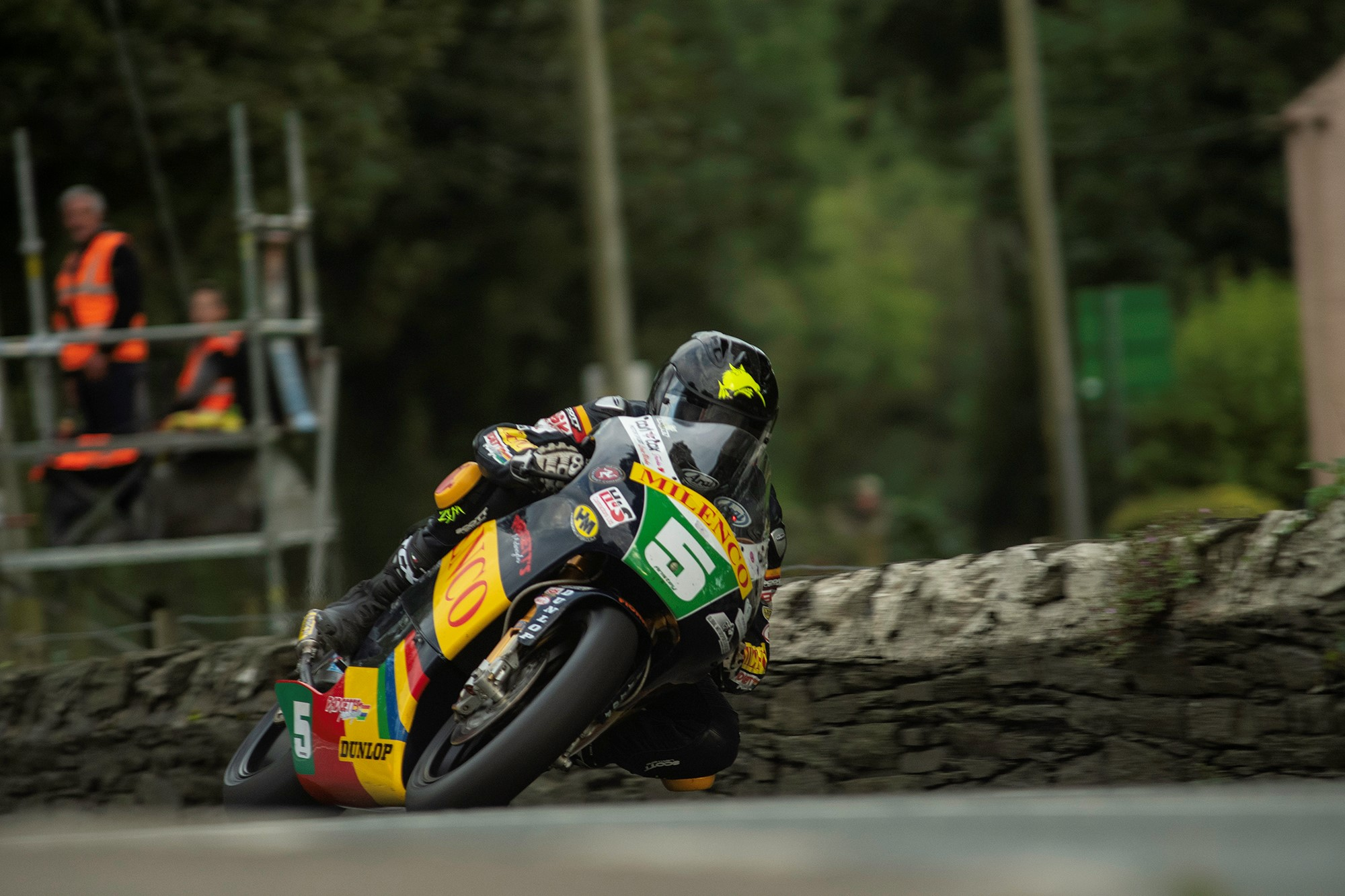 Classic TT: Low Cloud, Mist Gives Way To Thrilling Friday Afternoon Practice Action