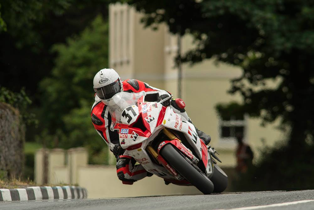 TT 2020 Latest: Wilcock Consulting Team Re-Sign Former Senior Manx GP Victor Evans