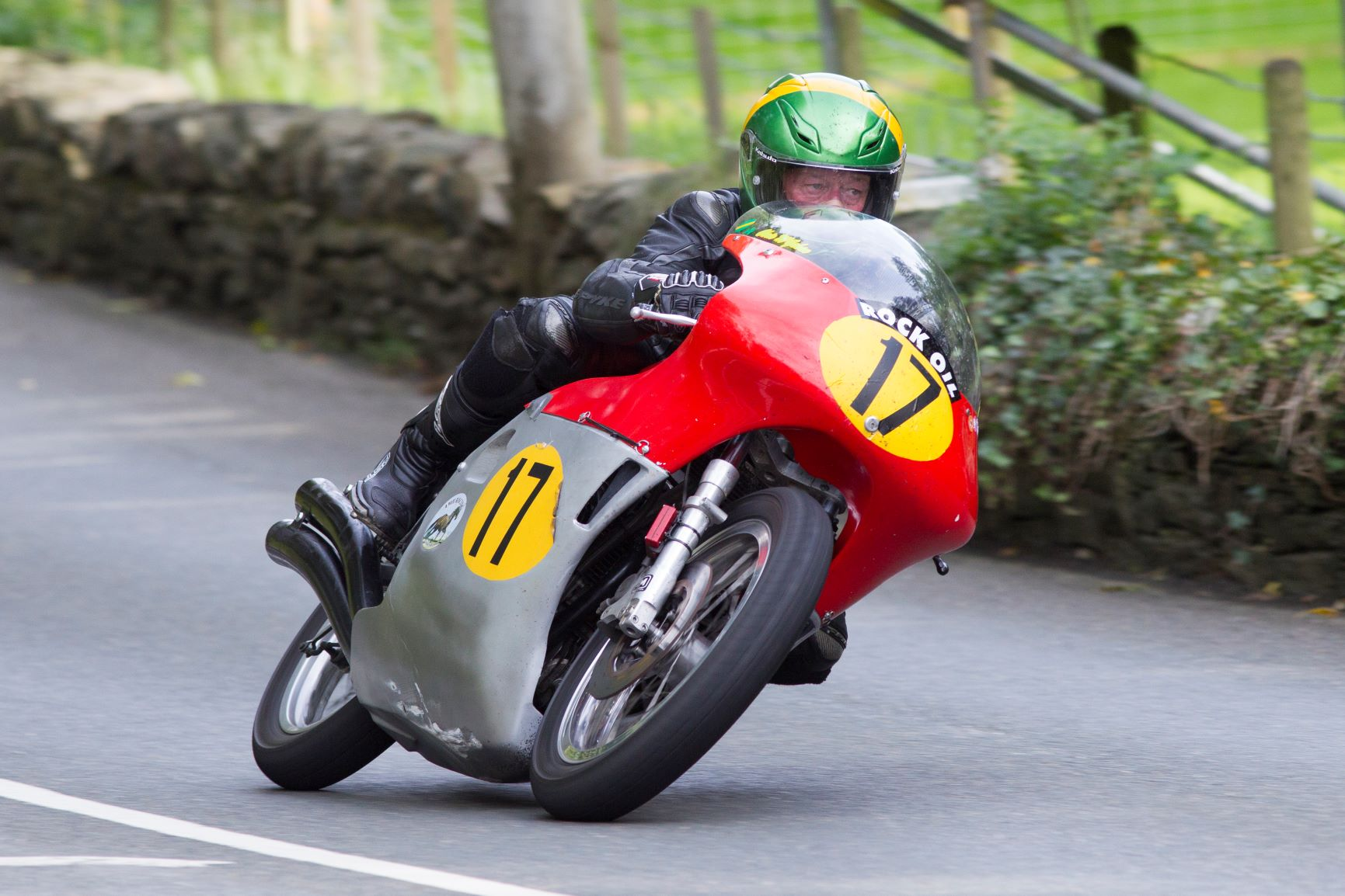 Manx Favourites Evans, McGahan Link Up For Senior Classic TT