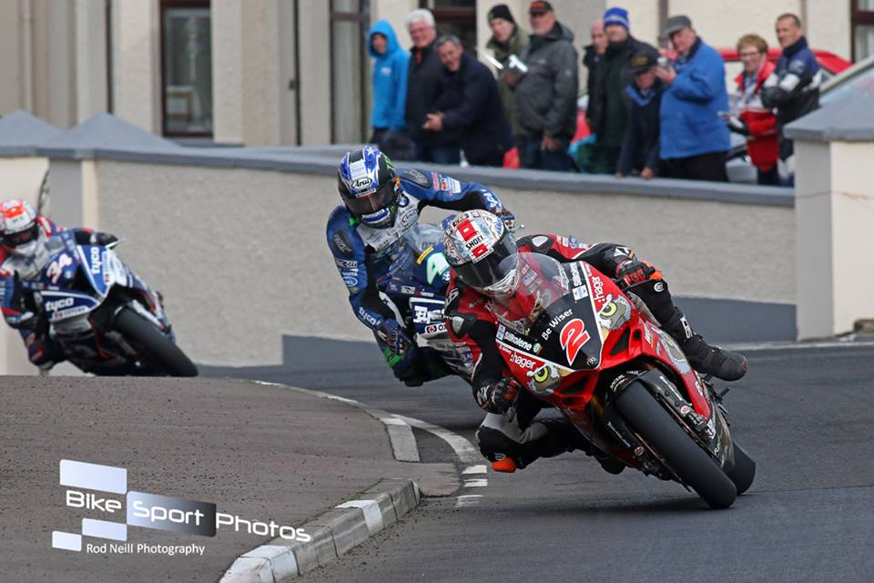 Road Racing's Great Races – 2017 North West 200 Feature Superbike Race