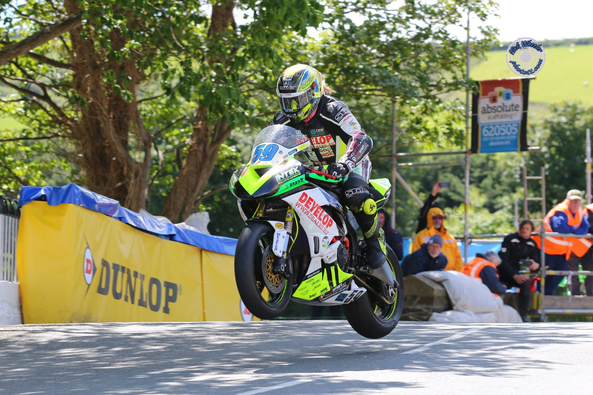 Road Racer's Adventures: Daley To The Fore At Darley Moor