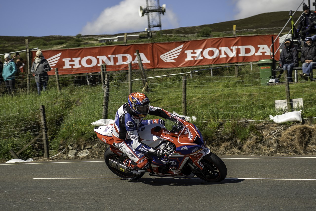 The Story Behind The Picture – Gary Johnson, TT 2019
