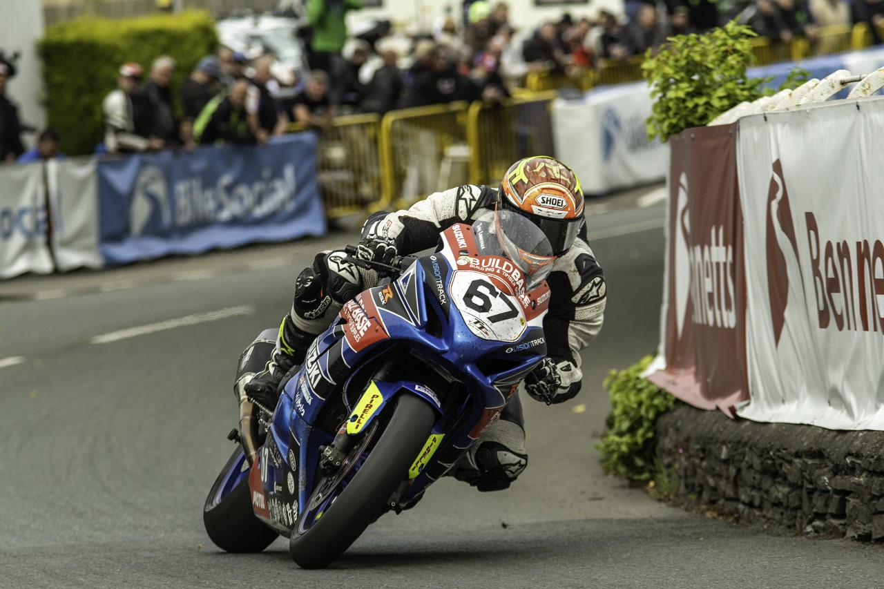 The Story Behind The Picture – 2019 Senior TT, Jay Lawrence
