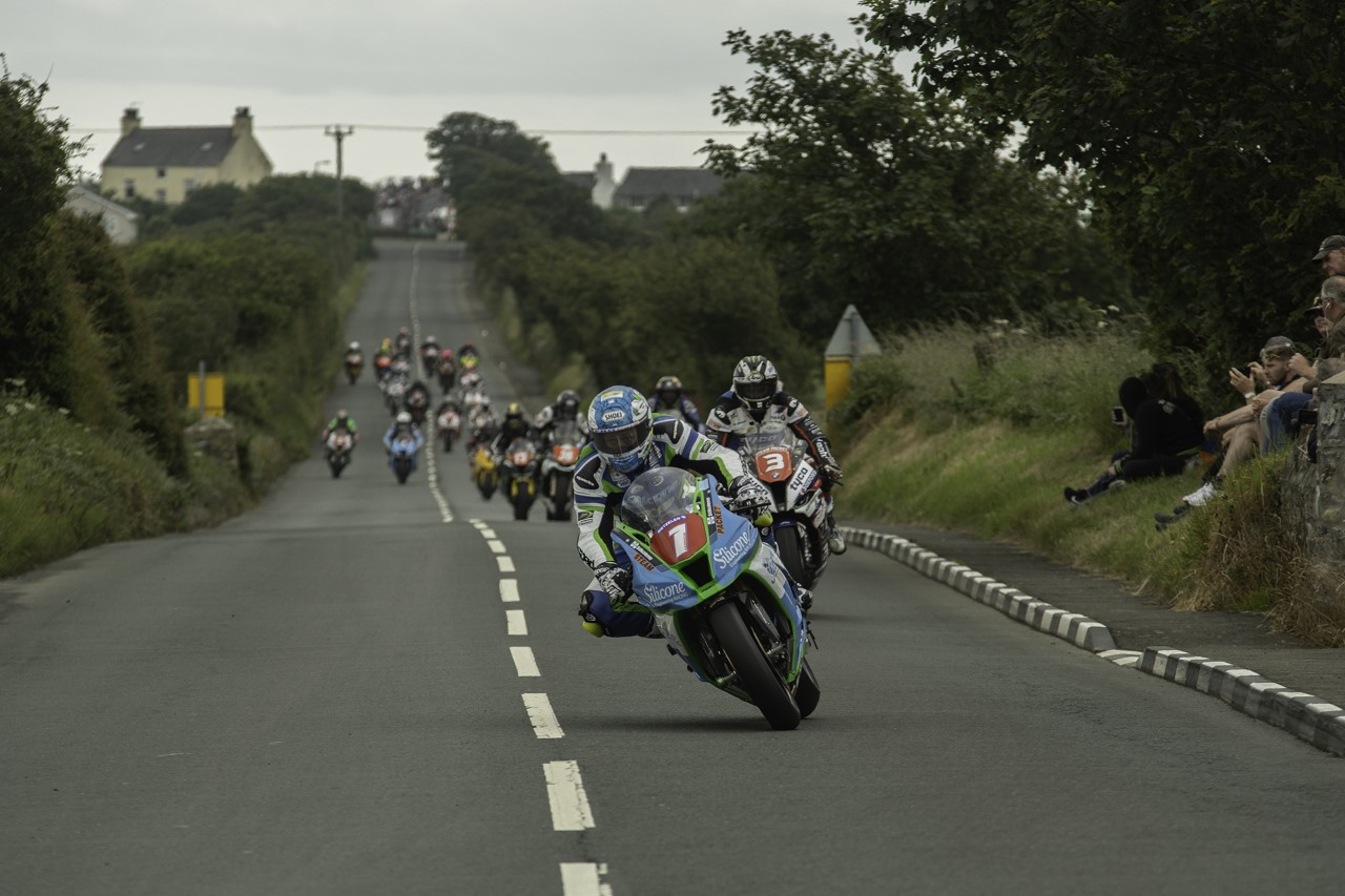 All Systems Go For Southern 100 Motorcycle Show
