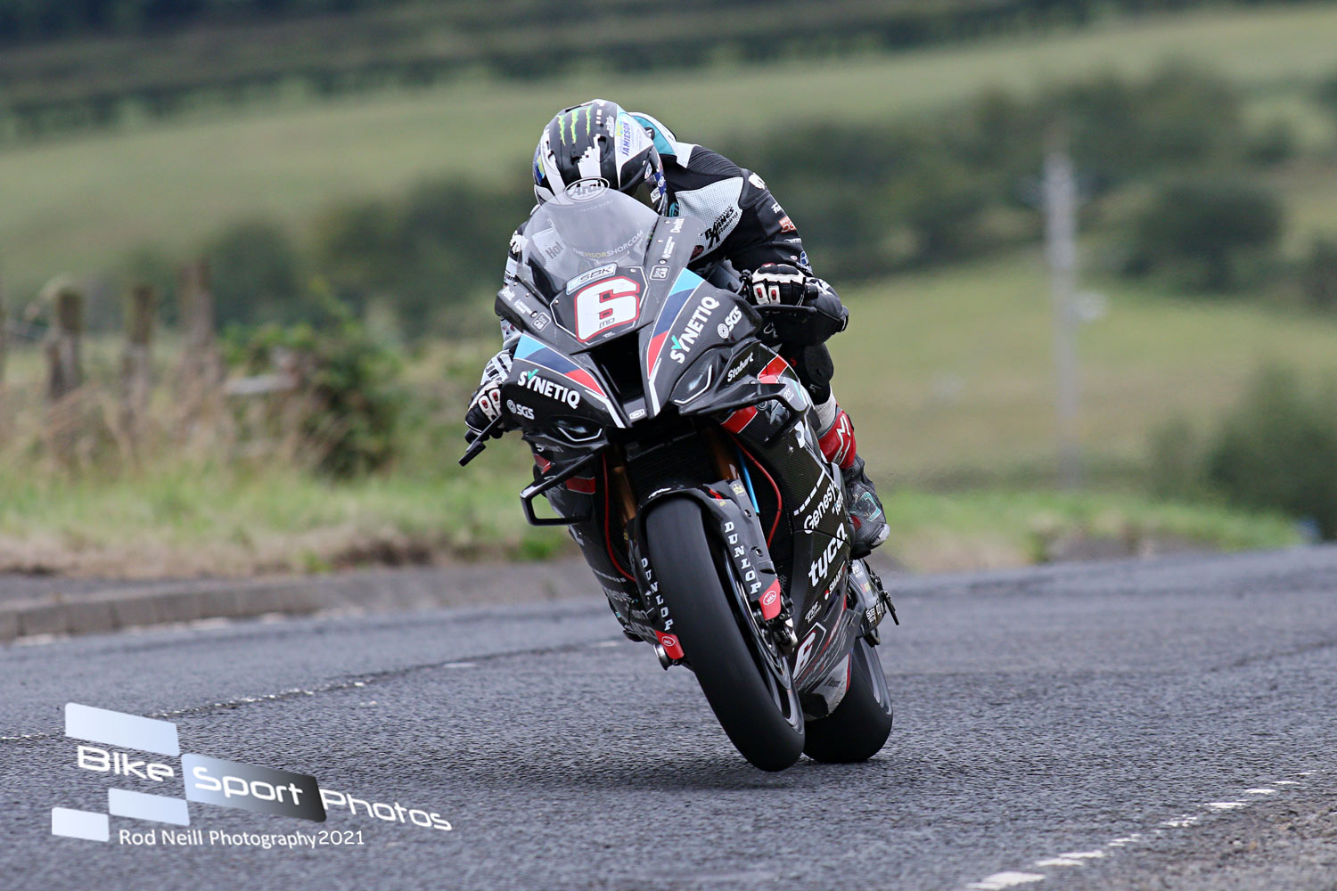 Ninth 'Race of Legends' Title For Armoy Course Magician Dunlop