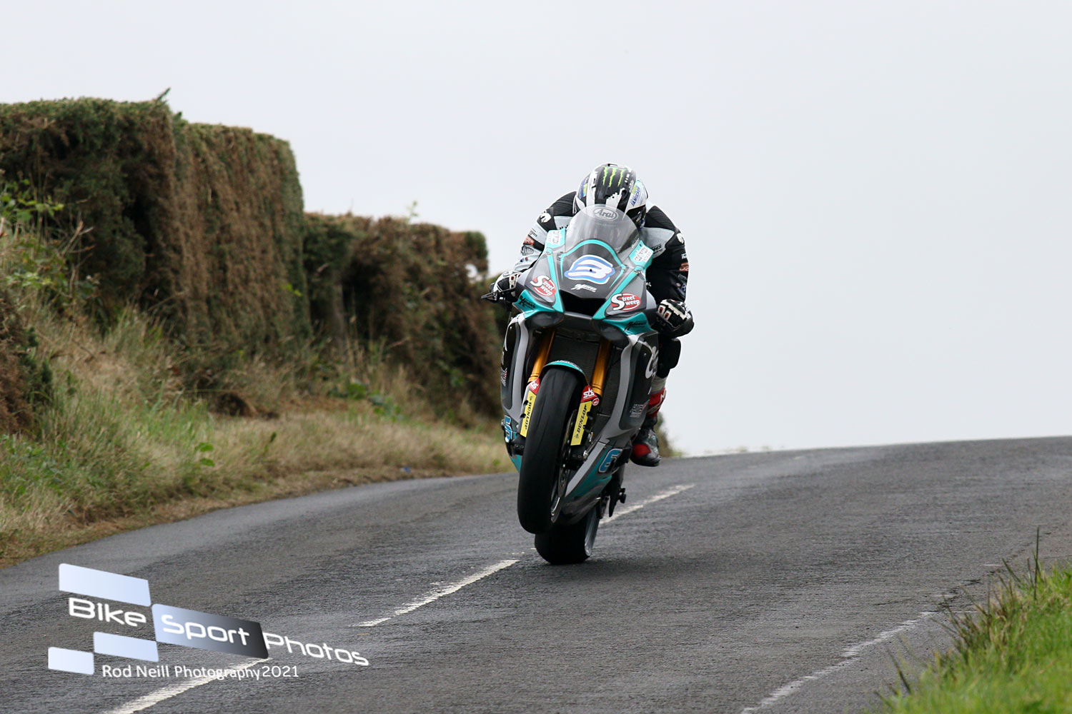 Armoy: Dunlop Banks 105th, 106th Irish Road Race Victories