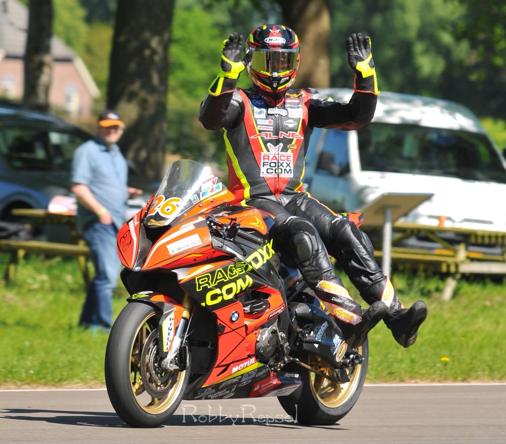IRRC Horice: Ebullient Grams Charges To Top Of SBK Qualifying