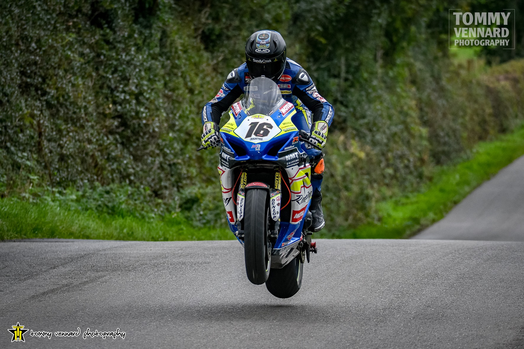BE Racing's Browne Wins Cookstown Superbike Cracker